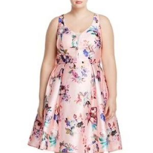 NWT CITY CHIC FLORAL DRESS